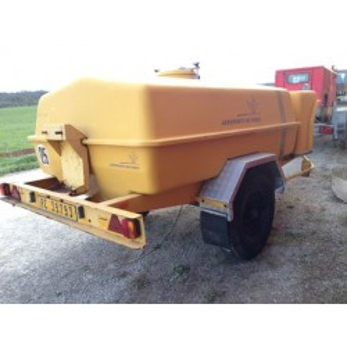 Citerne sur roues 2500 litres avec rampe d'arrosage RICHER